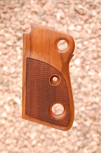 BERETTA 71 1st type grips (checkered) - full size