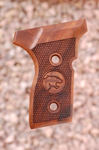 BERETTA 8000 MINI GRIPS (checkered +Cougar logo) - full size