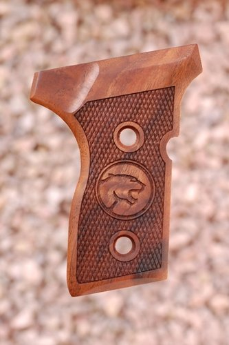 BERETTA 8000 MINI GRIPS (checkered +Cougar logo)