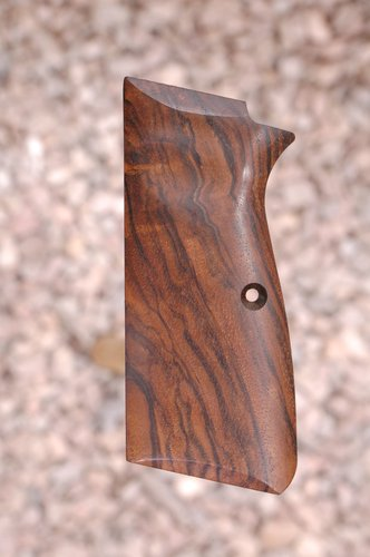 BROWNING Hi-power grips (smooth#748)