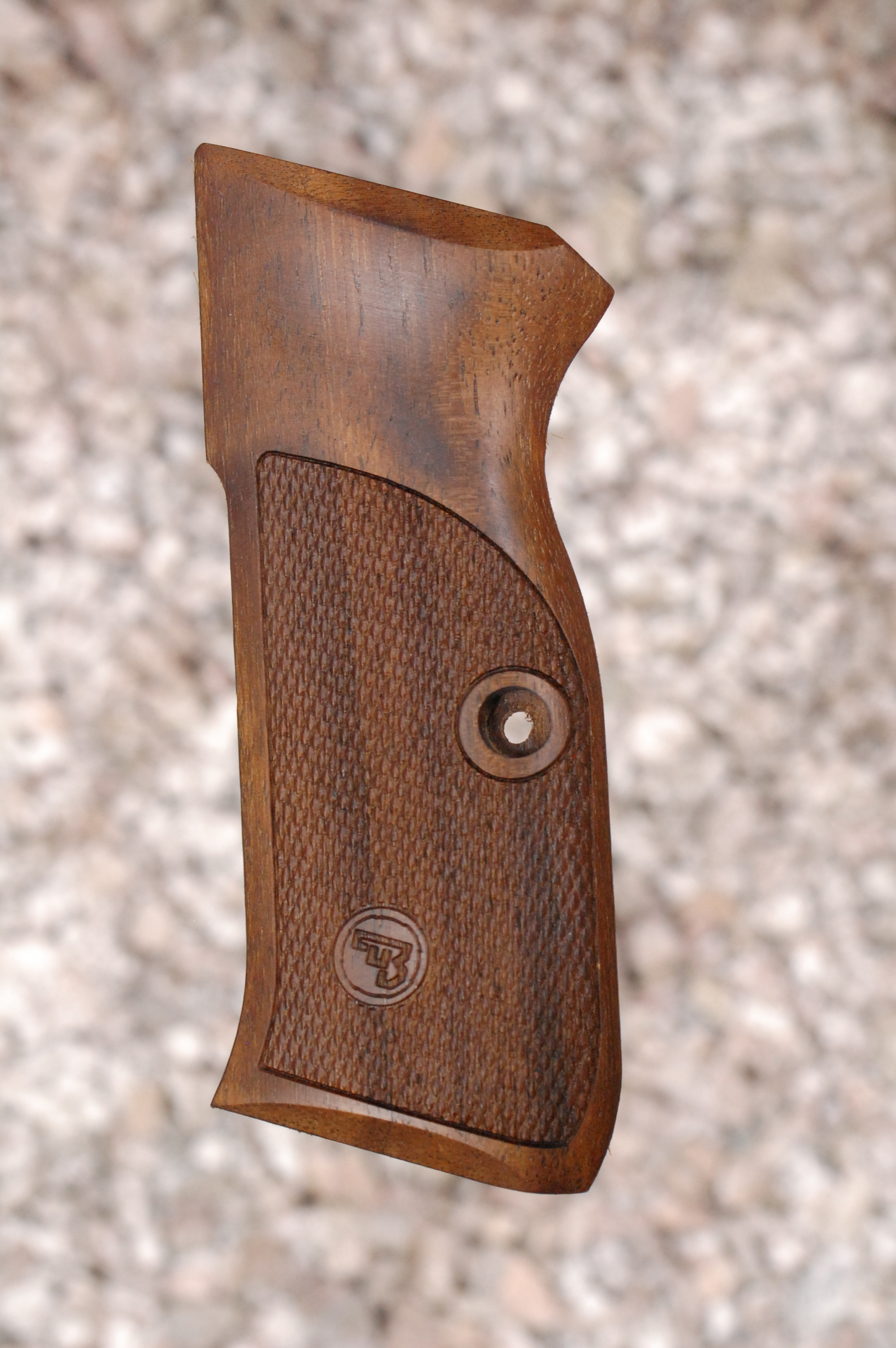 CZ 75 GRIPS type 4 (checkered) - full size