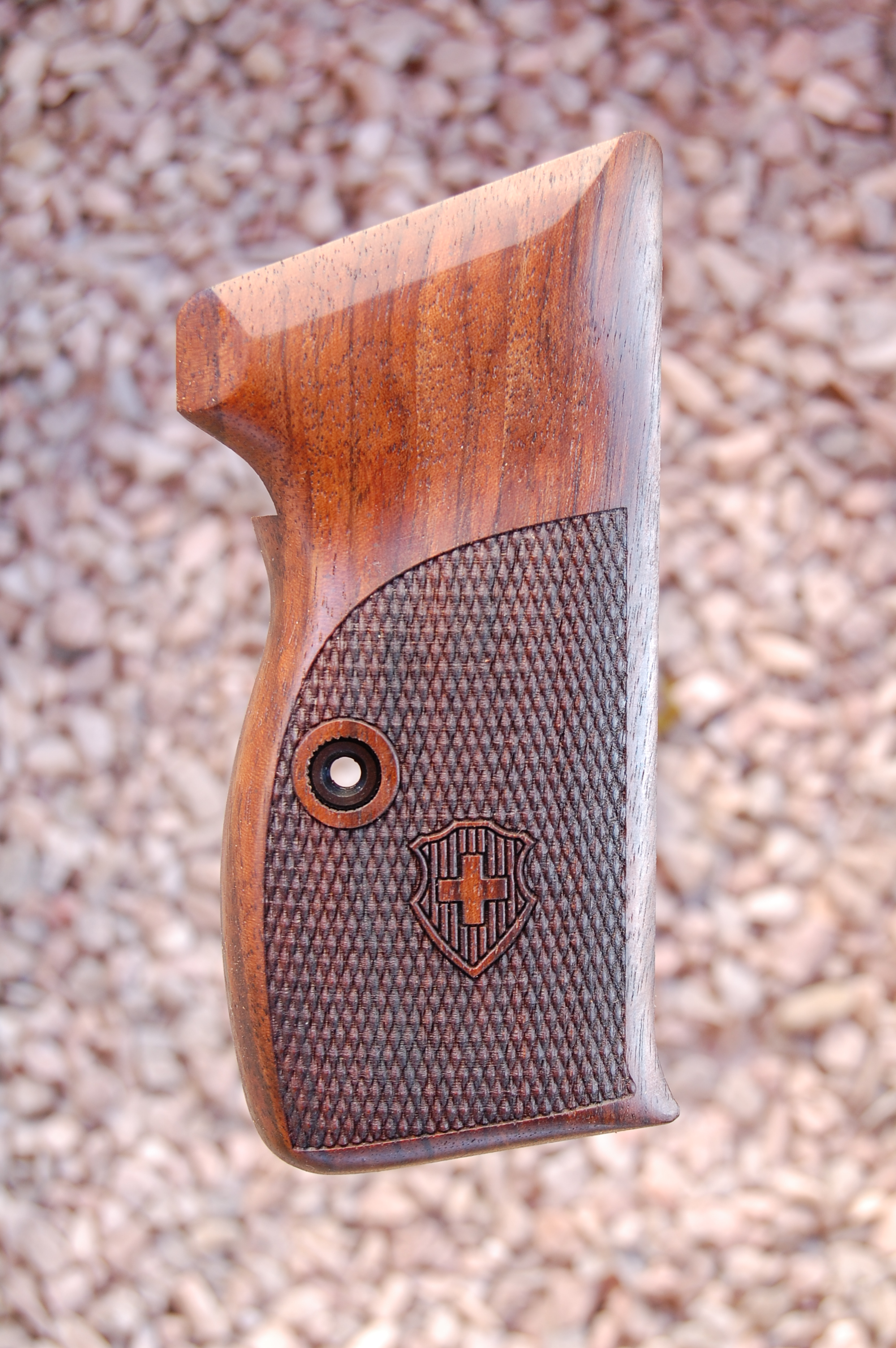SIG P210 grips, bottom mag. release (checkered+logo) - full size