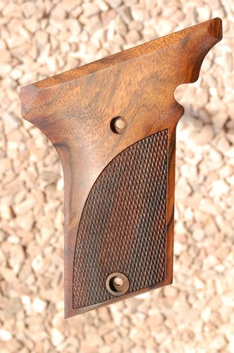 AMT III grips (checkered)