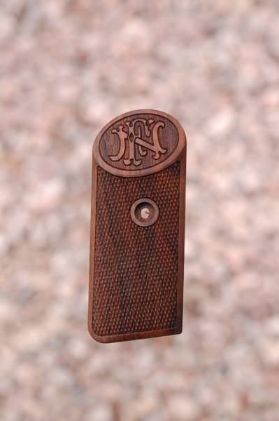 BROWNING - FN 1900 (checkered+logo) - full size