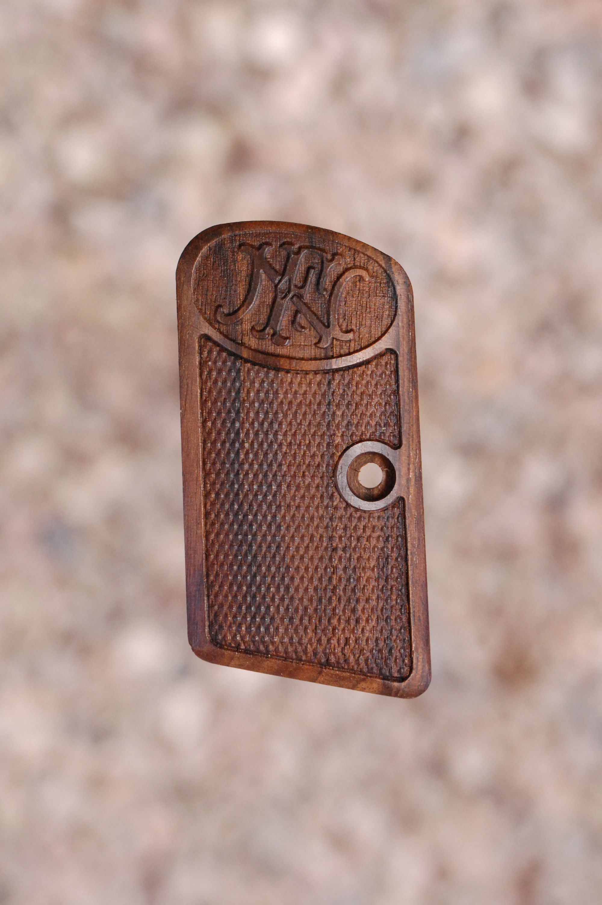 BROWNING - FN 1906 GRIPS (checkered+logo)) - full size