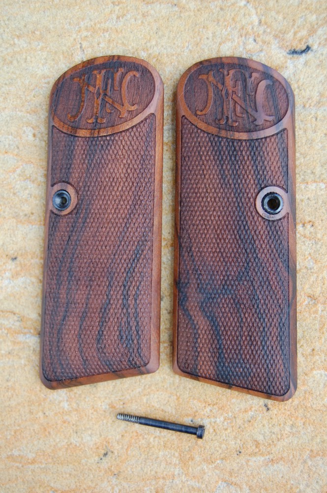 BROWNING - FN 1922 GRIPS - full size