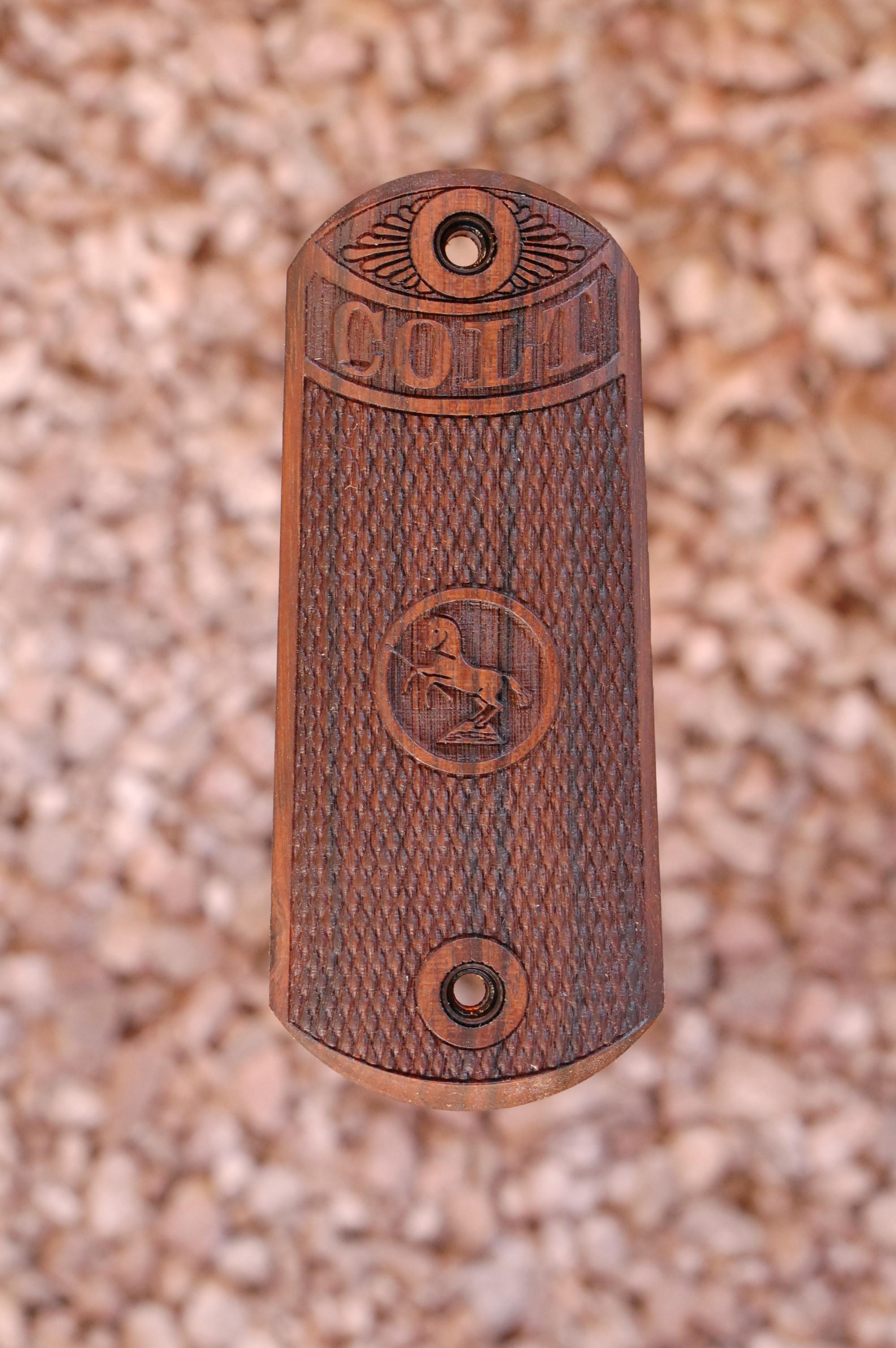 COLT 1902 SPORTING PISTOL grips (checkerd) - full size