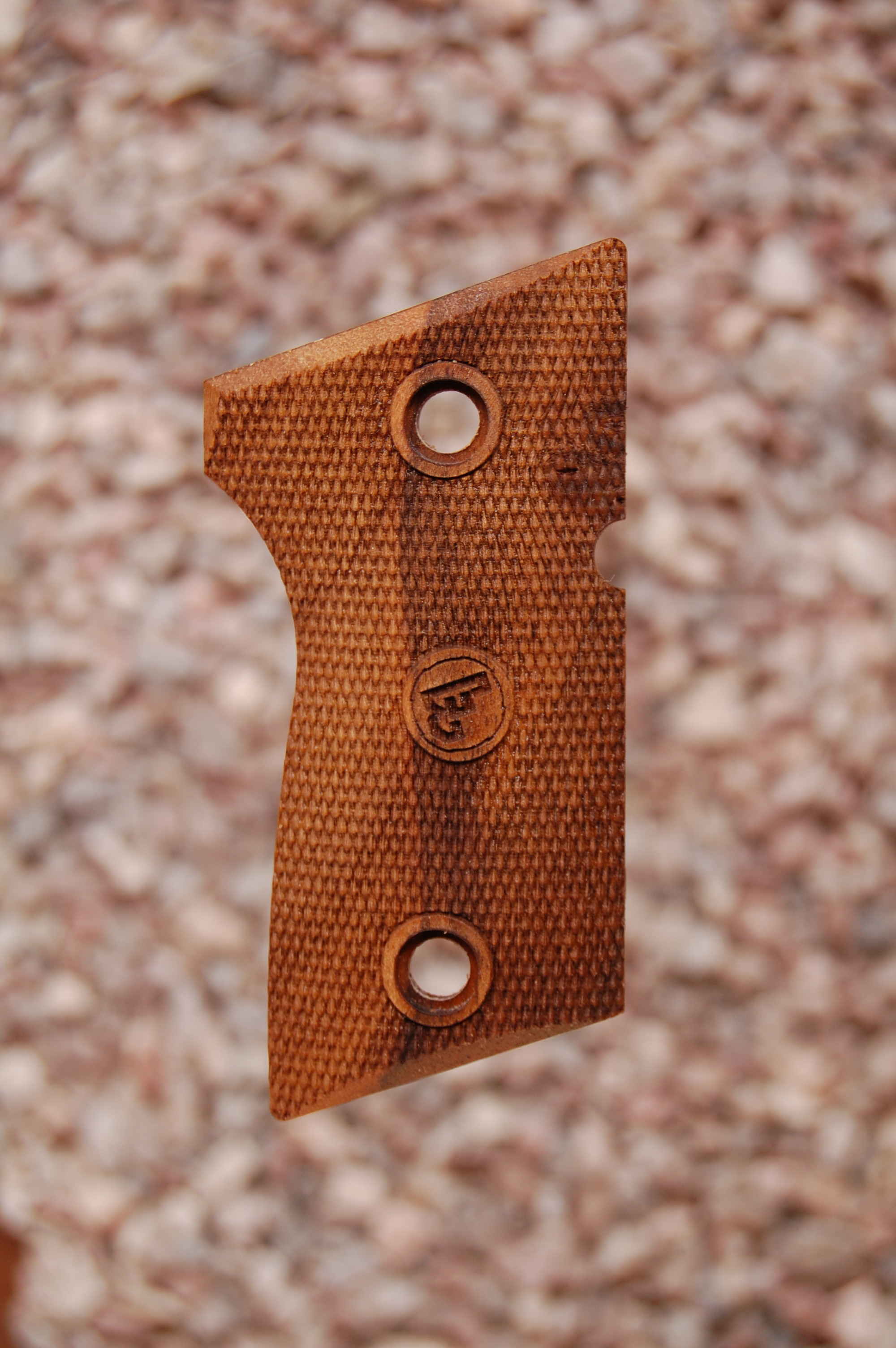 CZ 2075 RAMI grips (fully checkered) - full size