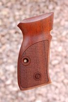 CZ 75 COMPACT GRIPS (checkered)