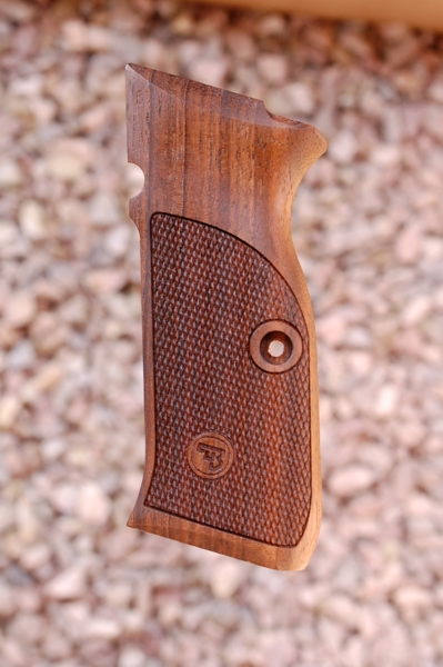 CZ 75 GRIPS type 2 (checkered)  - full size