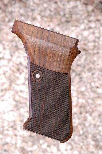 HK P7 M8 GRIPS (checkered)
