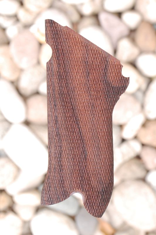 LUGER - MAUSER P08 grips (checkered) - full size