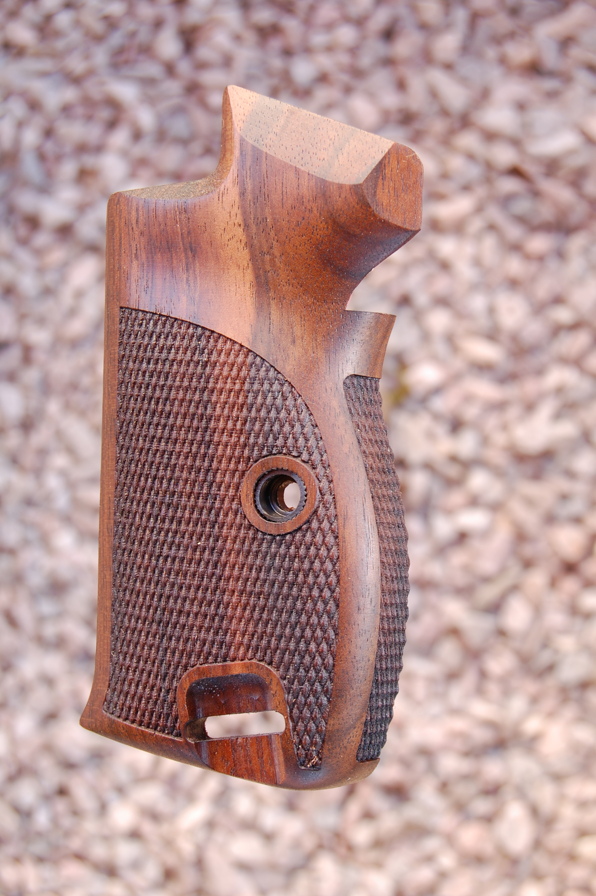 SIG P210 grips, bottom mag. release (checkered back) - full size