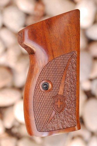 SIG P210 GRIPS, side mag.rel, no lan.ring (ckrd+text+logo)