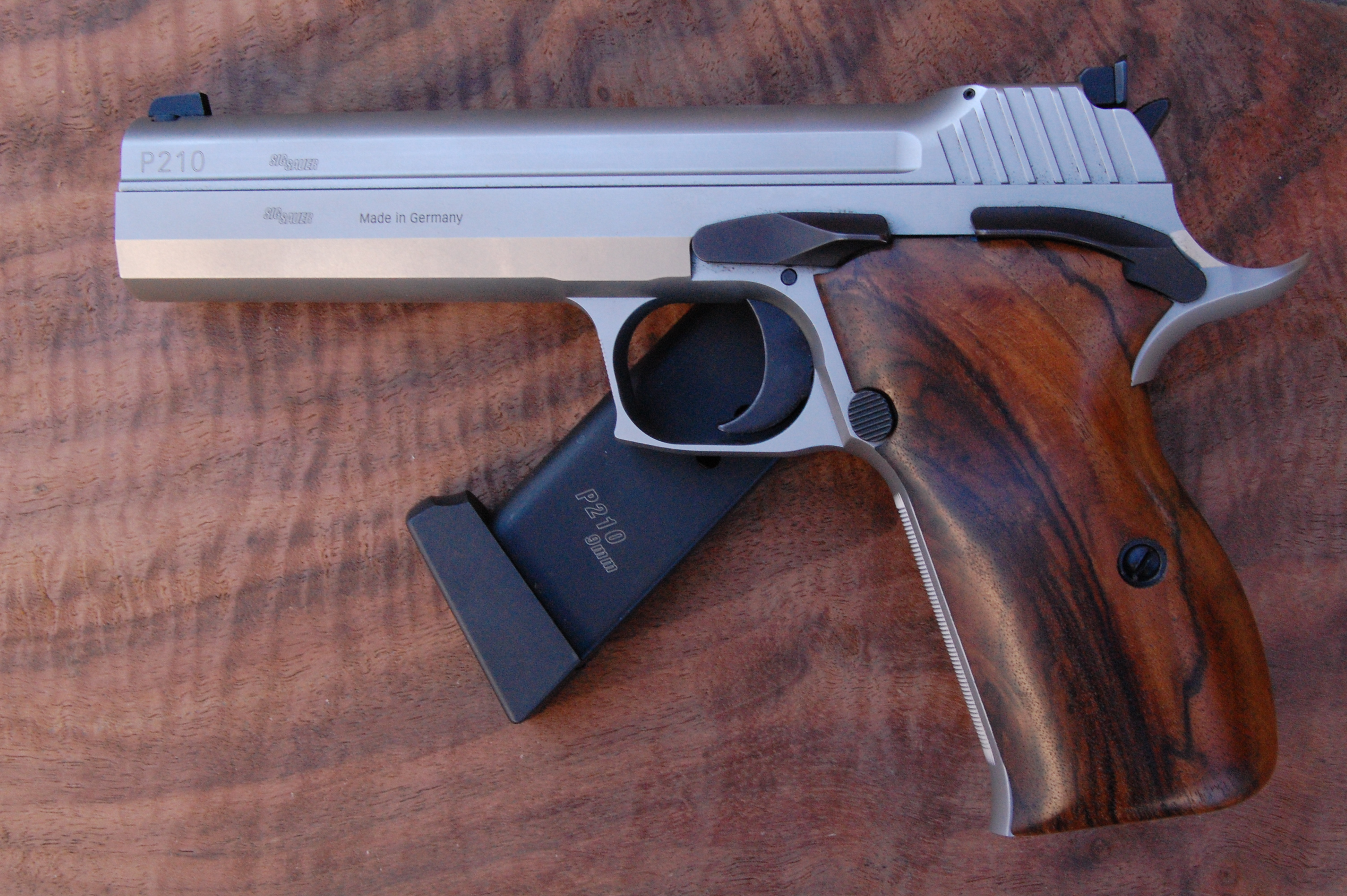 SIG P210 Super Target 5 grips (smooth) - full size