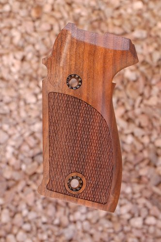 SIG P225/P6 GRIPS (checkered)