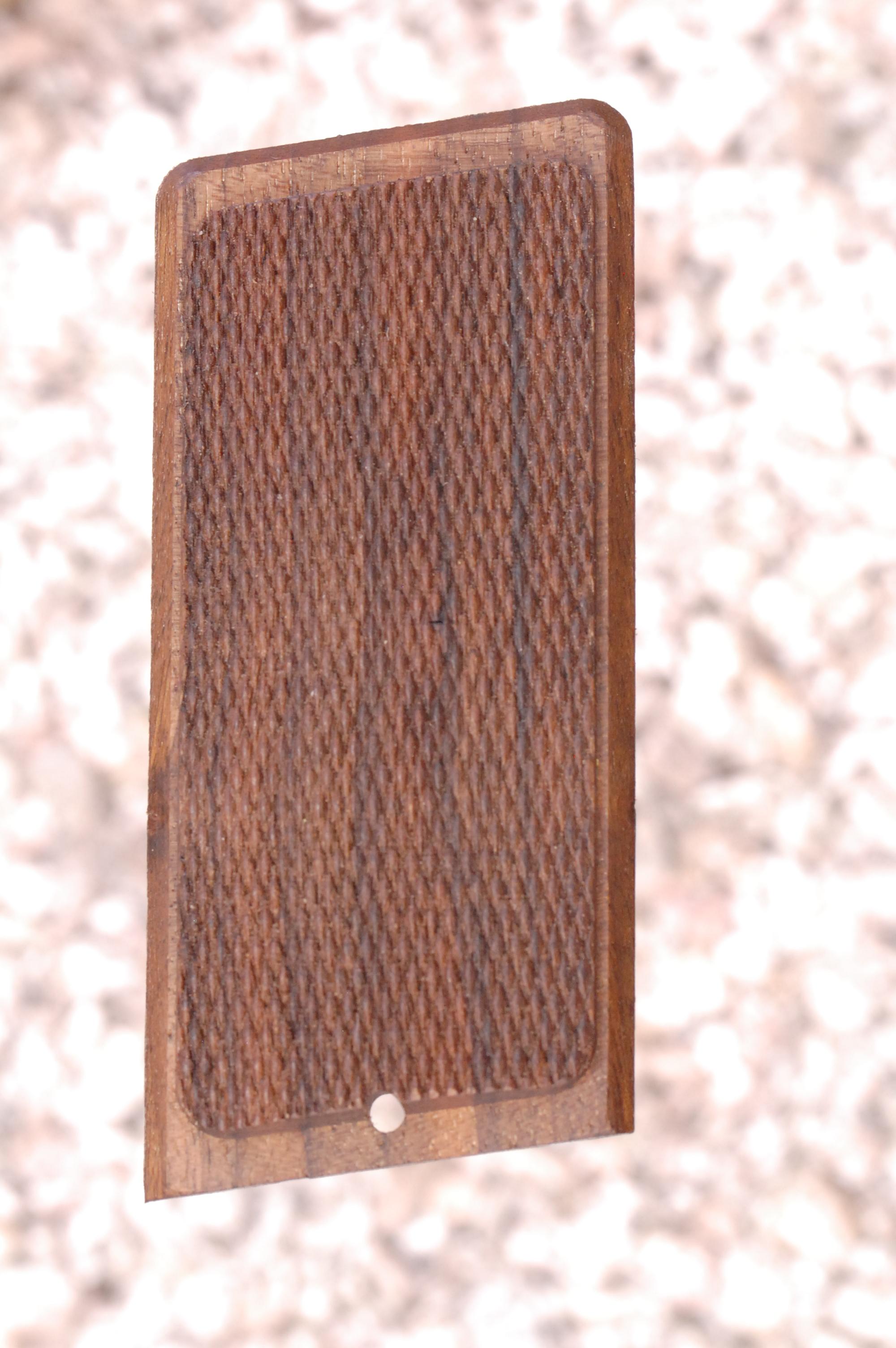 STEYER 1918 GRIPS (checkered) - full size