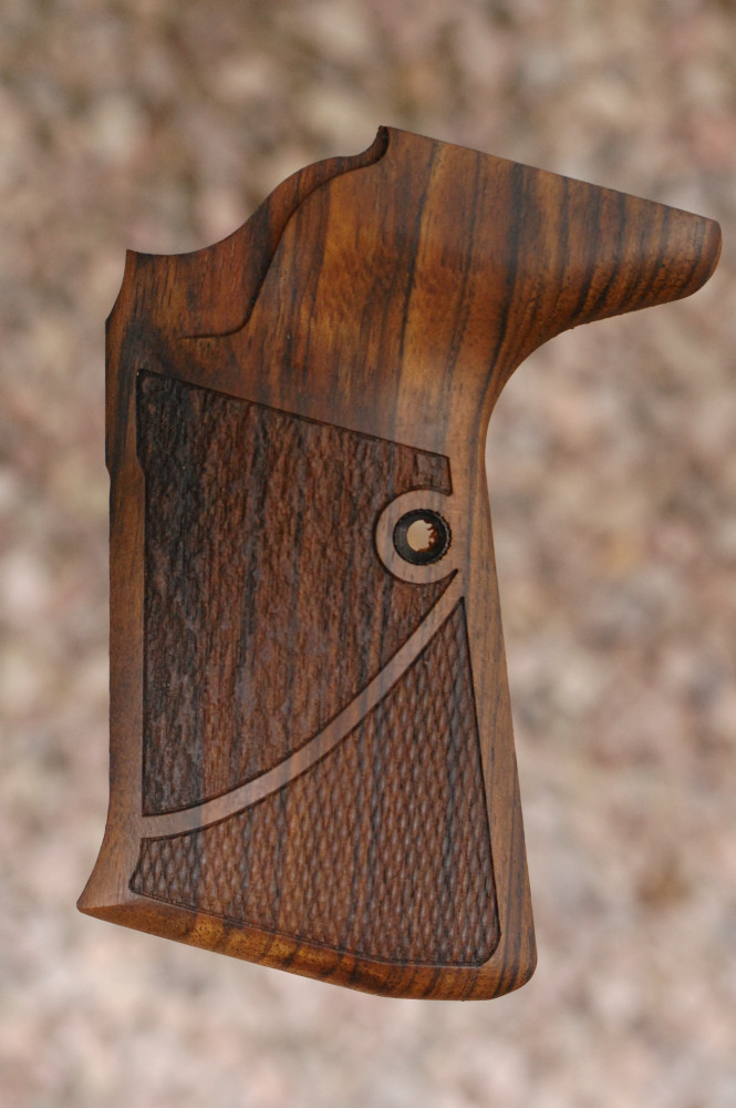 WALTHER P5 Compact bottom mag. release (checkered+textured) - full size
