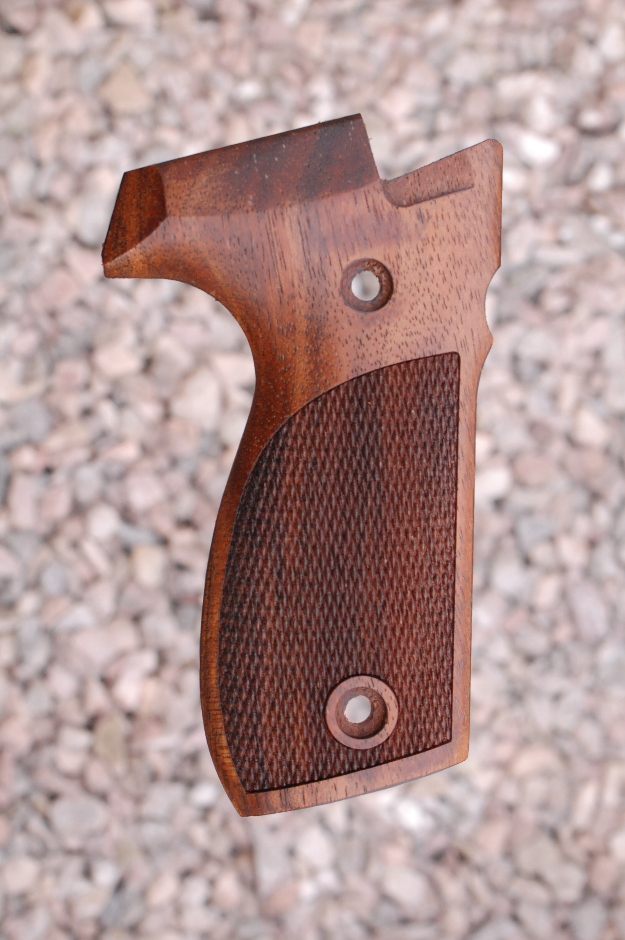 WALTHER P88 GRIPS (ckrd) - full size